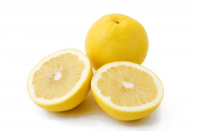 グレープフルーツのカロリーと隠されたダイエット効果とは
