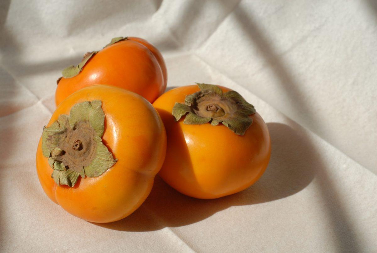 溢れるビタミンC!体に嬉しい柿ダイエット法!