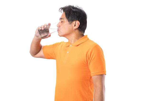水ダイエットって、効果はあるの? ビフォー&アフターをチェック!